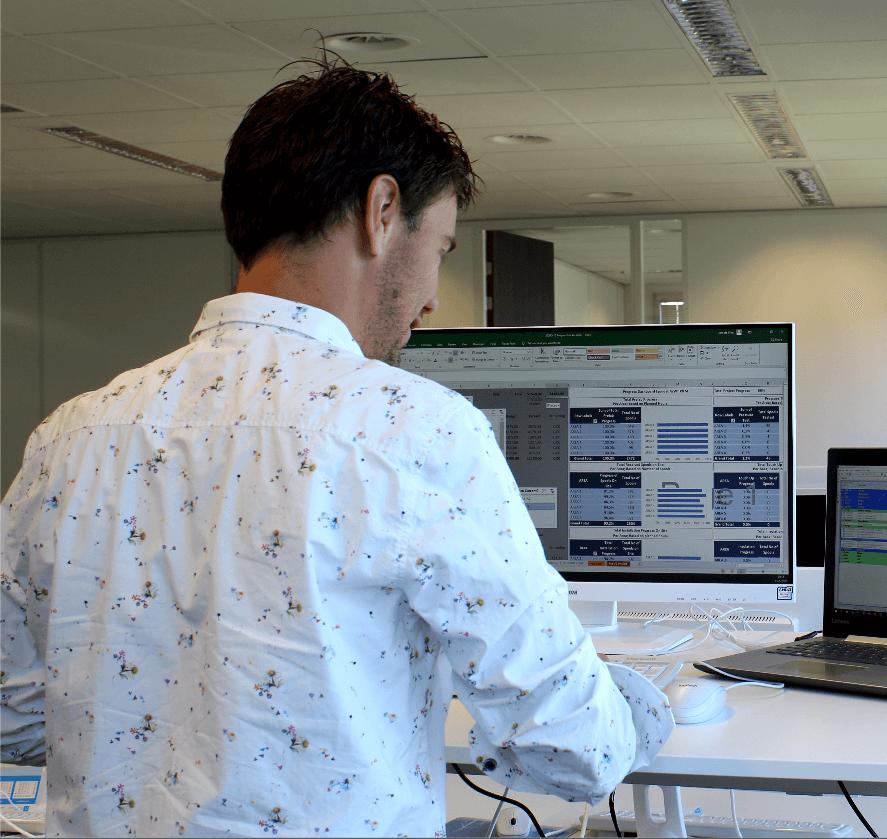 Headerfoto software oplossingen & Werken bij Aram